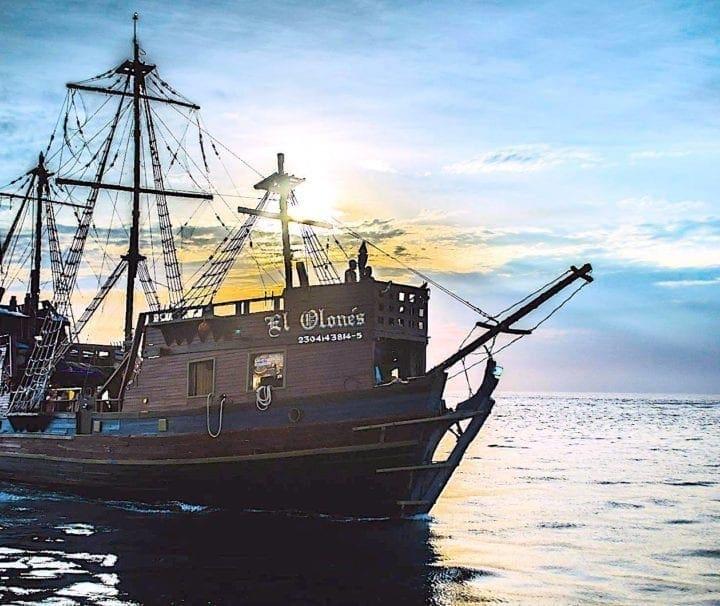 ship pirate cozumel tours