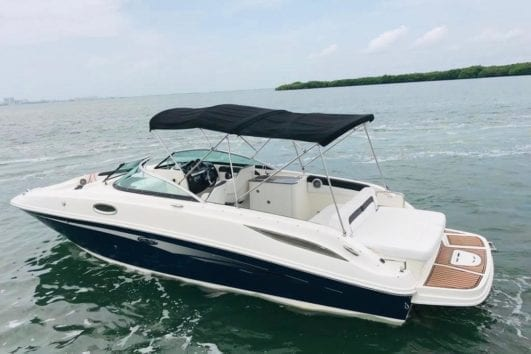 Private Luxury Boat in Cozumel by Jeep Riders Cozumel