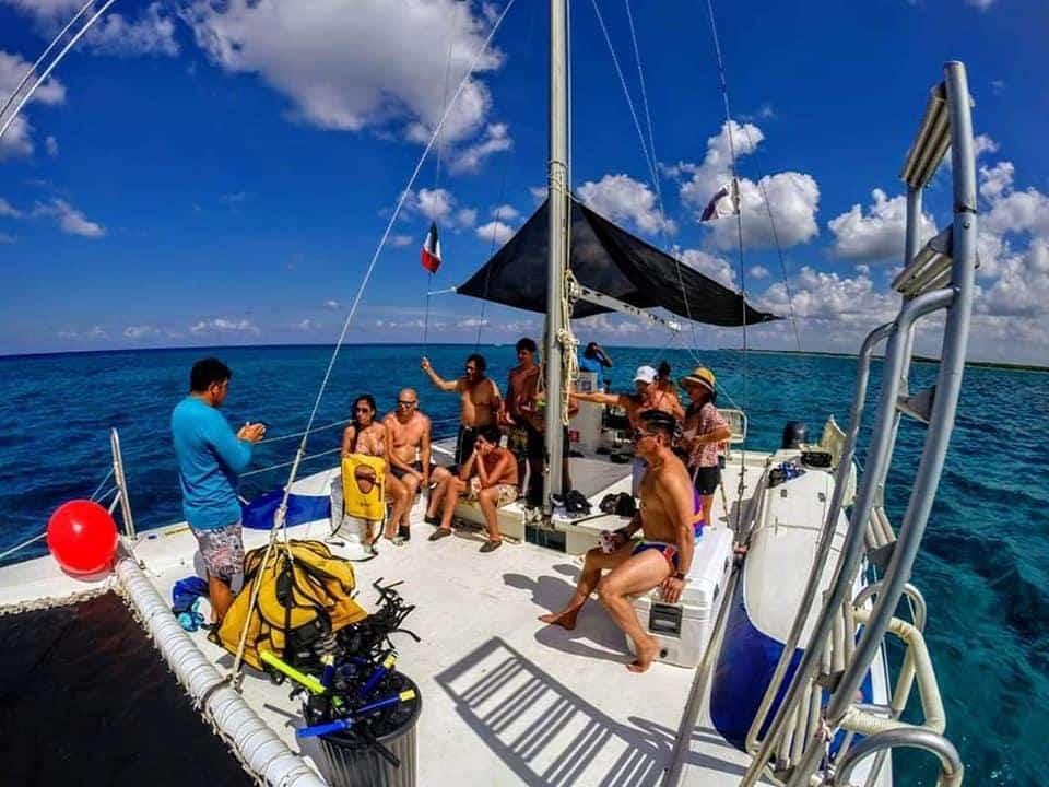 Private boat tour jeep riders cozumel